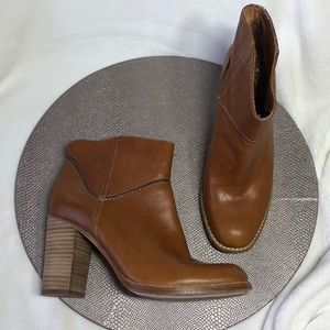 Anthropologie Aerin Rivette Boots 7